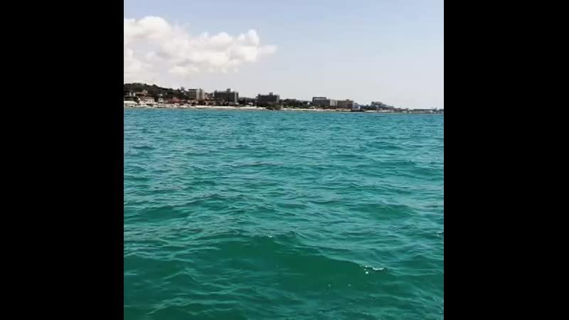 прогулка на катере черное море адлер сочи