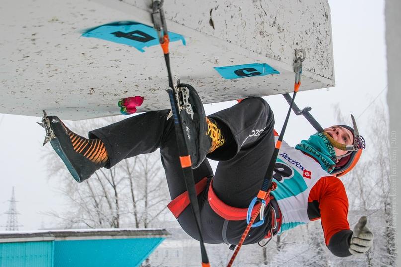 Главные отечественные ледолазные старты сезона финишировали в городе Кирове в минувшие выходные – чемпионат и первенство России по альпинизму. Всем было что доказывать и что терять…, изображение №42
