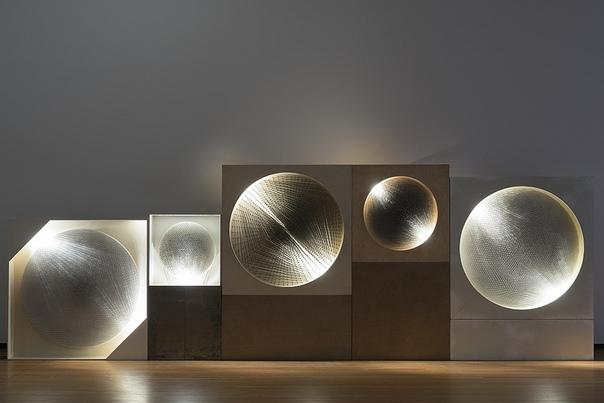 ZERO направление современного искусства, начало которому положила группа художников-авангардистовZero, основанная вДюссельдорфев конце 1950-хХайнцем МакомиОтто Пиене, Вскоре кним присоединилсяГюнтер Юккер, иони вдухе раннего модернизма сочинил