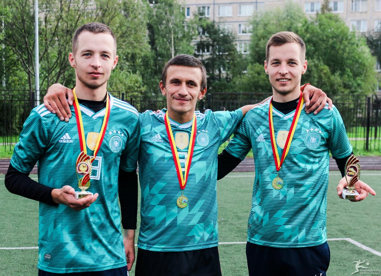 Братья Бугасановы и Виталий Золотенков (Майами) - победители 19-го Открытого кубка 6x6.