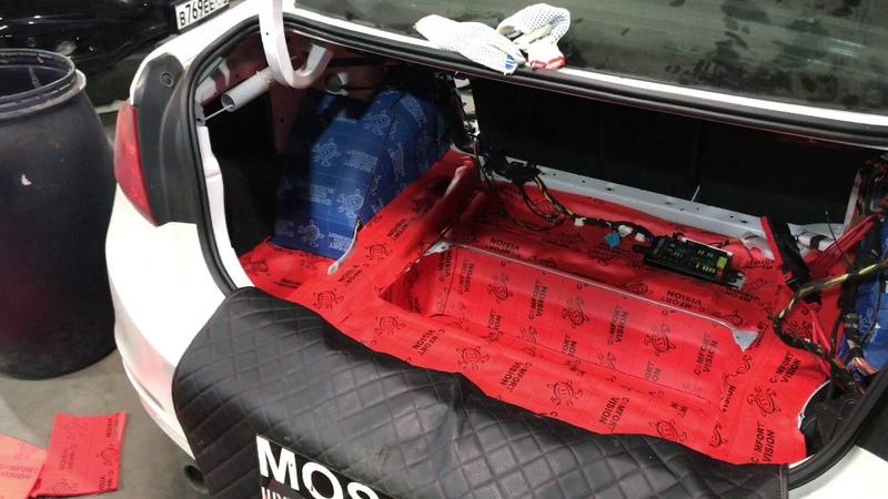 BMW 3 й серии F30 шумоизоляция Салон любого транспортного средства нуждался в защите от звуков