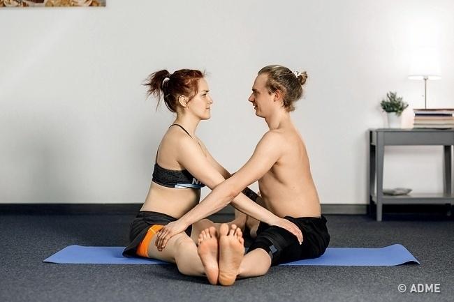 Парная йога — обязательно попробуйте, изображение №3