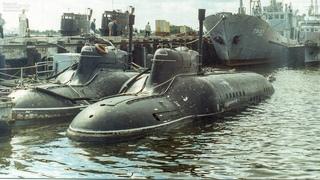 """Подводная лодка из фильма """"Особенности национальной рыбалки""""."""