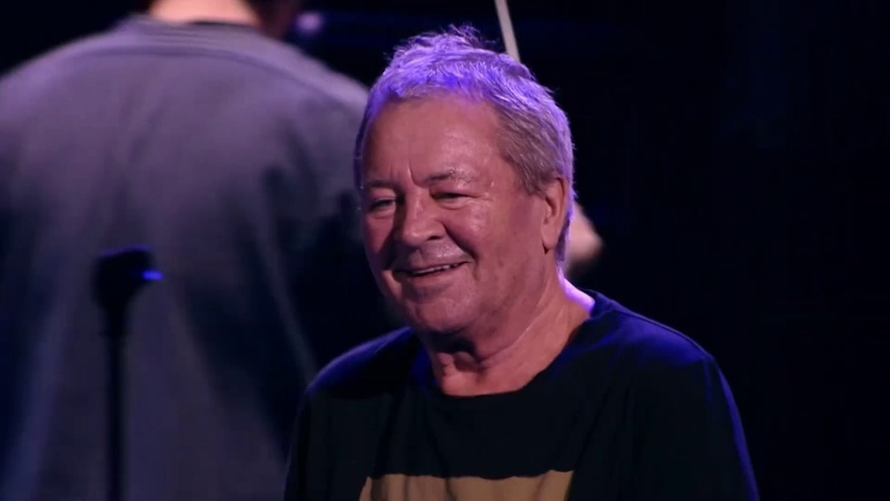 Ian Gillan Hang Me Out To Dry - Live in Warsaw - Album Contractual Obligation out now!