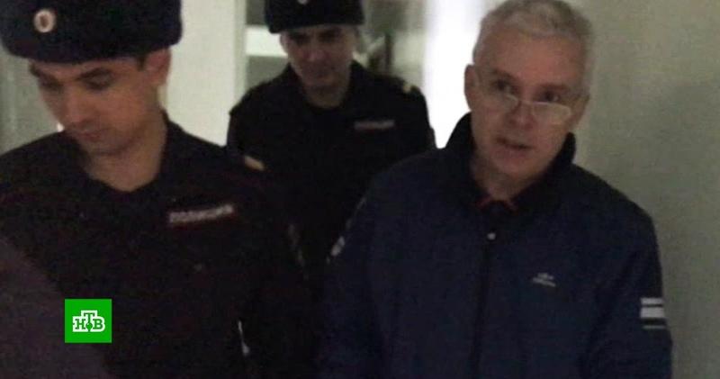 В Уфе продлили арест обвиняемому в изнасиловании дознавателя