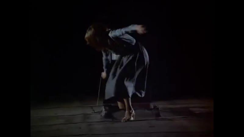 Нэнси Дрю спасается от Фантома Отрывок из сериала Братья Харди и Нэнси Дрю