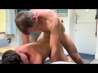 FamilyDick – James Keresford bangs Kendrick Thomas Raw – Shower for Two