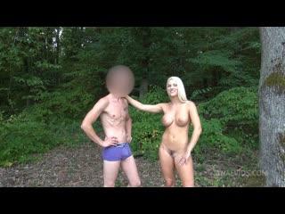 Blanche Bradburry (Anal Pleasure In The Woods For Blanche Bradburry DE028) [2020, anal, ass licking, big butt/tits, 1080p]