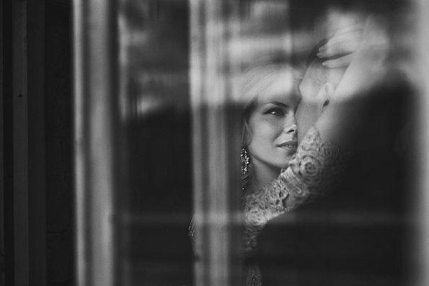 Берегите своих любимых женщин Ведь пока она ругает, переживает и психует она любит, но как только начнет улыбаться и равнодушно относиться ты её потерял.Фаина