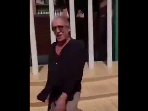 Адриано Челентано станцевал чечётку в свой день рождения 82 года Равняйтесь на Челентано 👍
