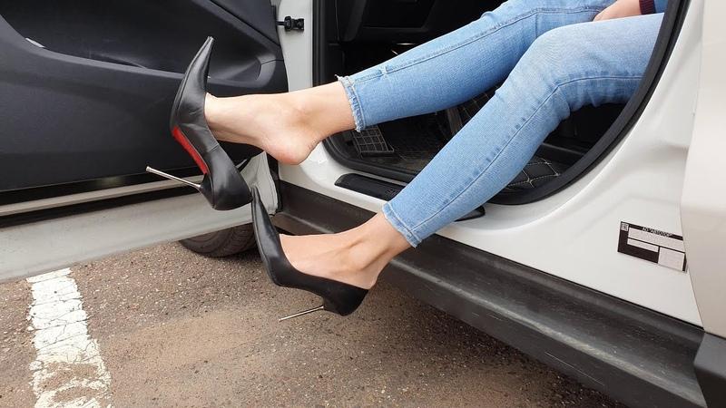 Italian LORIBLU high heels pumps for sale high heels play shoeplay high heels dipping dangling
