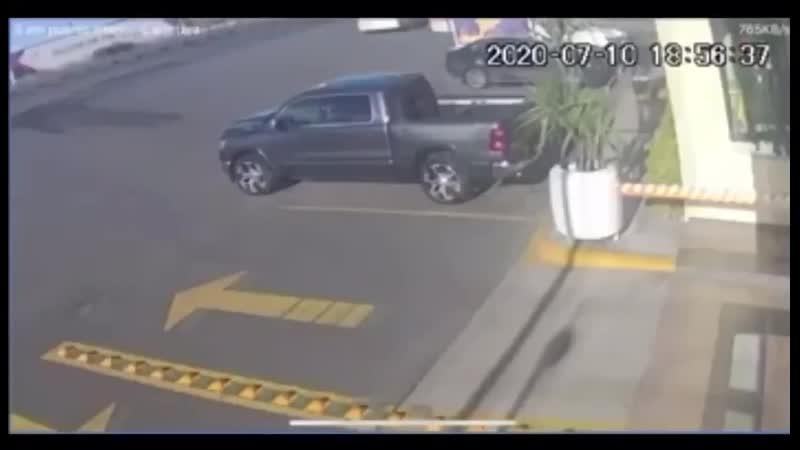 Водитель застрелил угонщика 10 07 2020