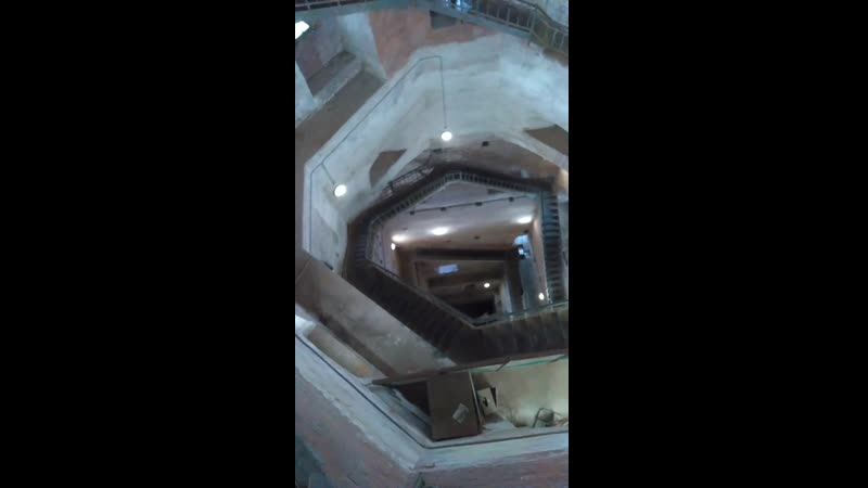 Выборг 2020 Спуск по лестнице в башне