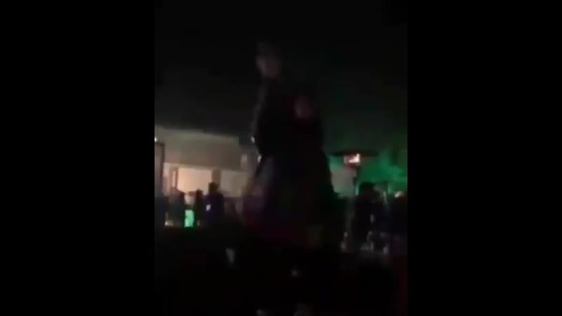 АШИШ танец на столе