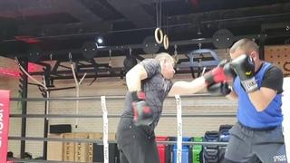 Дружеский тренировочный спарринг с МС по боксу.