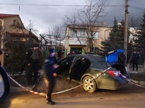 Во Льове средь бела дня похитили человека и устроили стрельбу!Похищение и задержание на видео