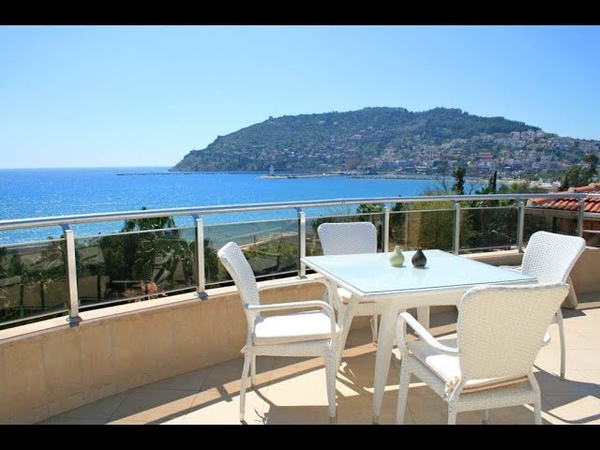 Very Luxury Penthouse For Sale in Alanya