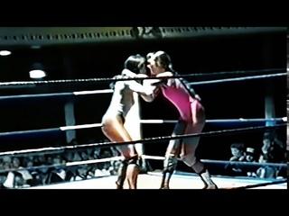 Rockin' Sarah Robbins Vs 'Cowgirl' Sammy Rogers | Classic British Women's Wrestling | Newly Restored