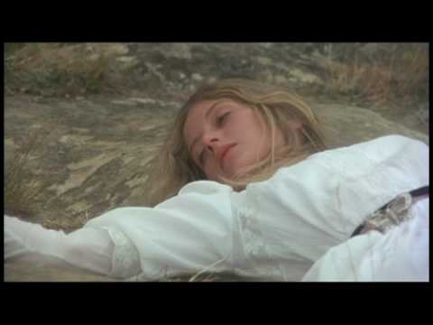 Slowdive - When The Sun Hits (Picnic at Hanging Rock)