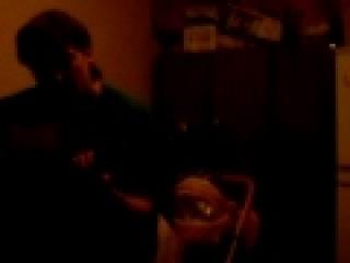 фристайл из двух гитар и синтезатора(барабаны)