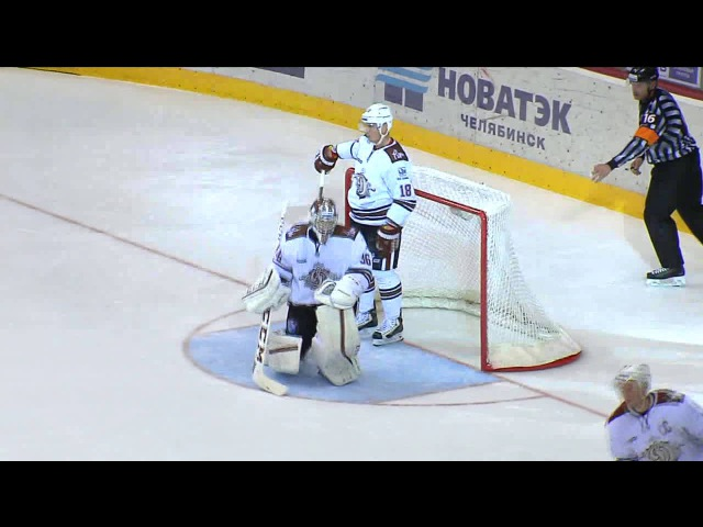Yakutsenya beats Sedlacek with nice toe-drag move