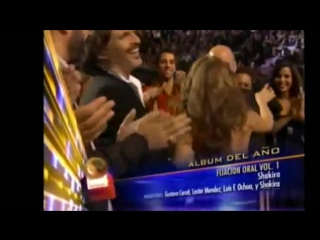 Shakira wins a Grammy, 2001 (Qué viva Colombia!)