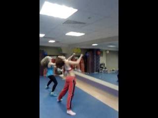 Вот так наши инструкторы отдыхают после класса - Step up (Наташа Карпухина и Даша Ермолаева)