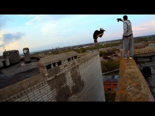 FRONT FLIP from Roof to Roof / AlexandeR RusinoV