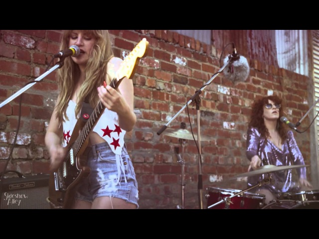 Deap Vally Drought Live Sideshow Alley
