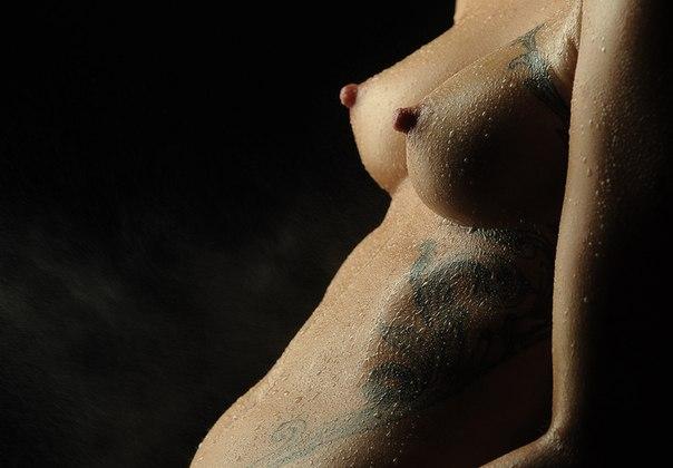 Models Holly Carpenter And Thalia Heffernan Slam Objectifying Topless Bikini Photoshoot
