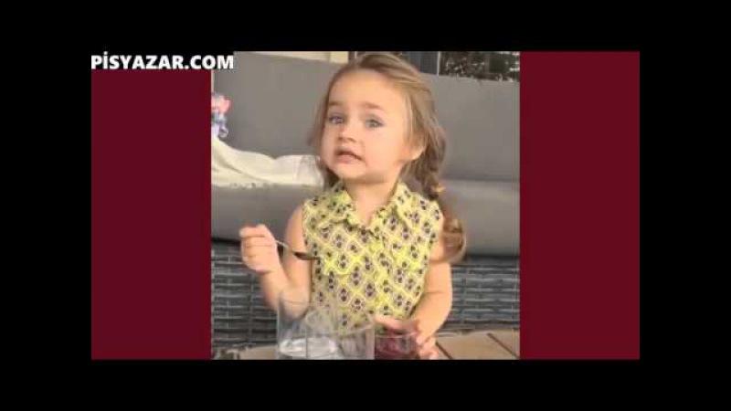 Sevimlilik abidesi küçük azeri kız