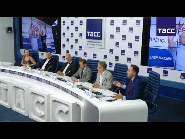 Европарламентарий Януш Корвин-Микке – об итогах визита в Чечню