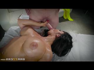 Массажистка полностью сняла стресс рабочему porn pissing massage jessy jones & raven hart