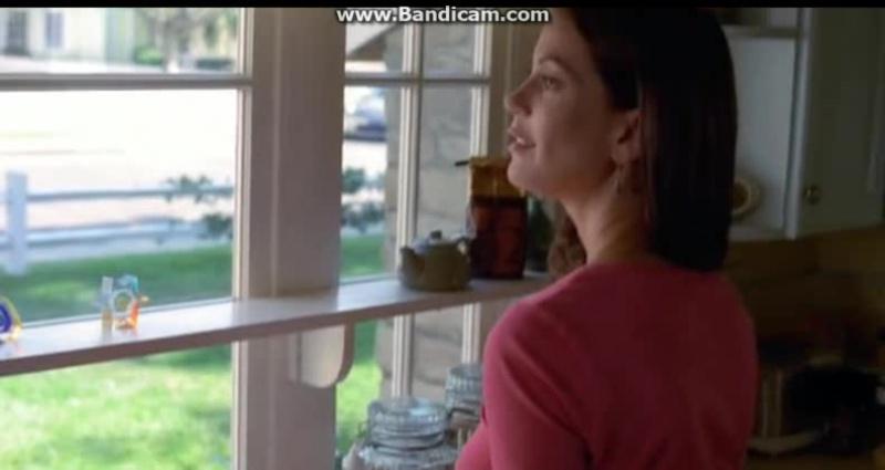 Сьюзан любуется Майком, Иди берет в ход женское оружие))) Отчаянные домохозяйки #obovsem#отчаянныедомохозяйки#габисолис#линнетск
