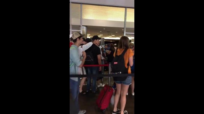 [Fancam][15.07.17] LaGuardia Airport(LGA NYC)