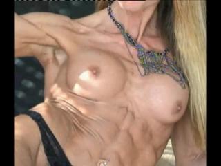 Supreme fitness girl abs & biceps