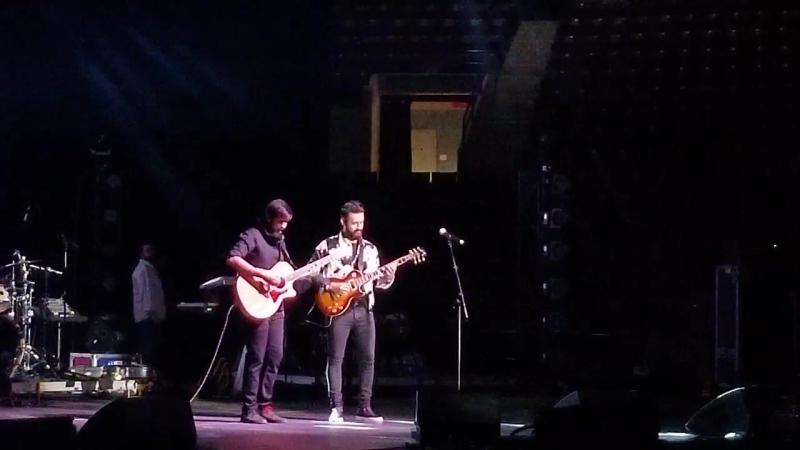 Atif Aslam live in concert Toronto 2018 Tum Jo Mil Gaye Ho Inteha Hogayi Jeena Issi Ka Naam