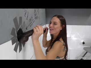 [GloryHole] Aidra Fox (1080p) Interracial, Creampie, 2 on 1, Brunette, Tattoos, Shaved