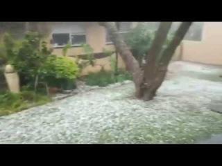 Крупный град в городе Крюгерсдорп / Hail in the city of Krugersdorp