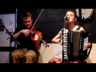 Hannah James & Sam Sweeney - Ploughboy's Dream