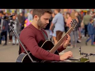 Уличное исполнение на гитаре Luca Stricagnoli - Bitter Sweet Symphony (The Verve) - Acoustic Guitar