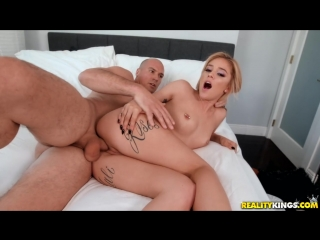 Kali roses  [ porno, tits, ass, all sex, blonde, blowjob, facial, pussy licking, mastrubation, sex toy]