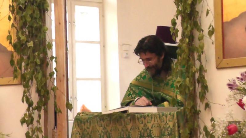 Храм Бориса и Глеба в Волохово День Святой Троицы 2017 Коленопреклонные молитвы