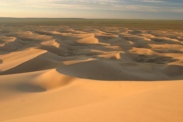 Сюрреалистичная пустыня Гоби