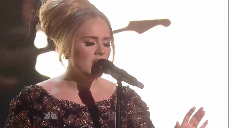 Adele - Set fire to the rain (live in NY)