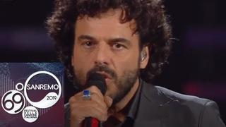 """Sanremo 2019 - Francesco Renga canta """"Aspetto che torni"""""""