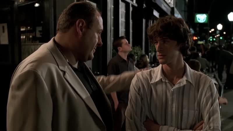 S05E09 02 Тони ужинает с детьми и парнем Медоу