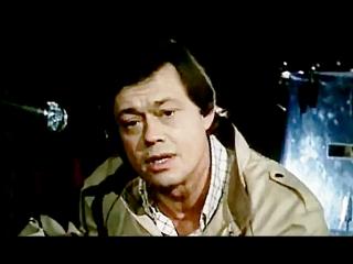 Кленовый лист - Маленькое одолжение, поет - Николай Караченцов 1984  (М. Дунаевский - Л. Дербенев)
