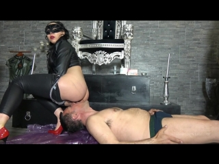 Mistress gaia shit face pleasure