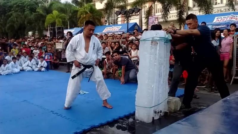 Sensei Artemio Mancol Kyokushin Tameshiwari